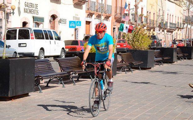 Conoce al zacatecano de 60 años que recorrerá América ¡en bicicleta!