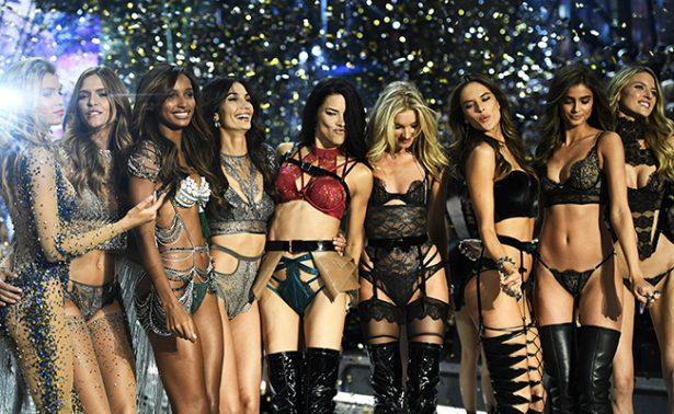 París es testigo del brillante vuelo de Victoria's Secret
