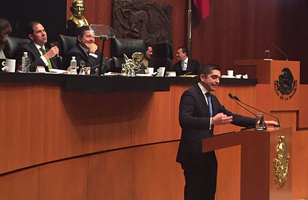 Luis Fernando Salazar pide licencia; busca candidatura del PAN en Coahuila