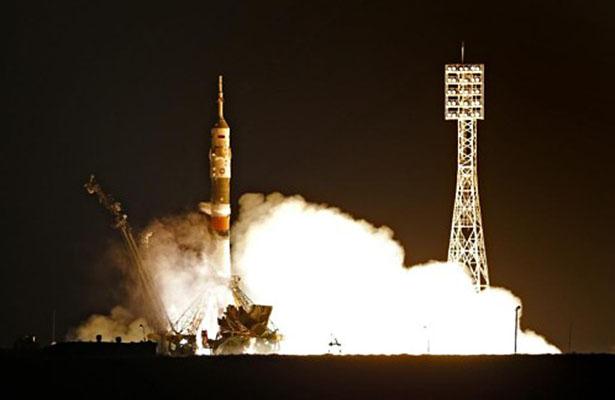 Tripulantes de nave Soyuz MS-03 celebrarán fiestas decembrina en el espacio