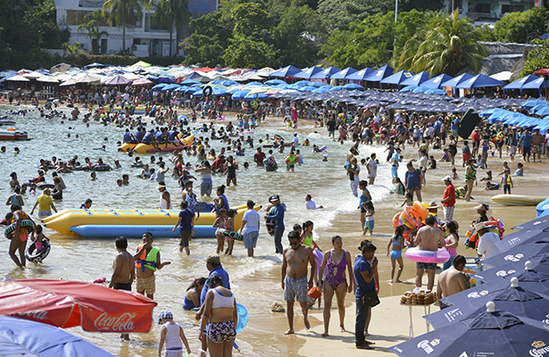 Cierra Acapulco fin de semana con buena ocupación