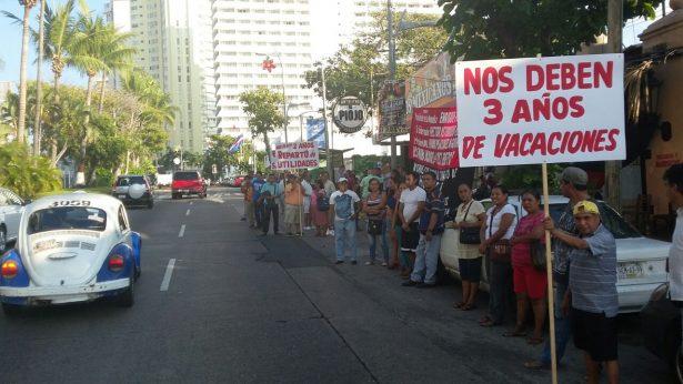 Se manifiestan trabajadores del Restaurante Beto Condesa