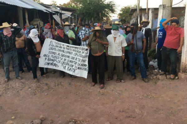 Más de 200 elementos buscan a plagiados en Ajuchitlán