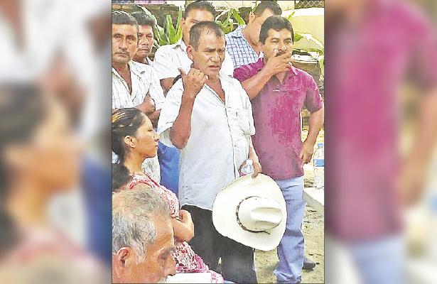 Denuncian hostigamiento miembros de la CRAC en San Luis Acatlán