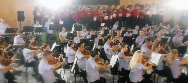 Ofrece la Filarmónica su concierto de Navidad