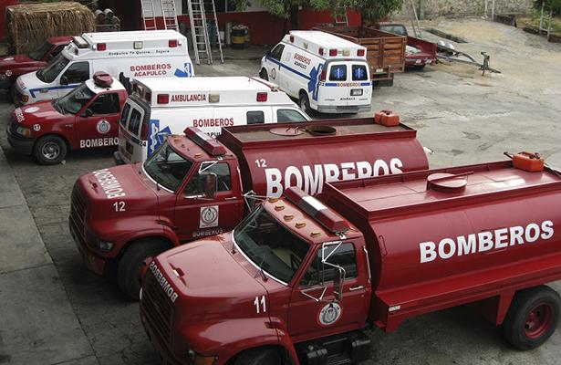 Con carencia de equipo y personal, arriesgan su vida bomberos porteños