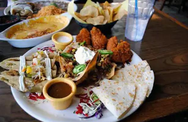 Sobrepeso, más relacionado a las porciones que a los alimentos en sí