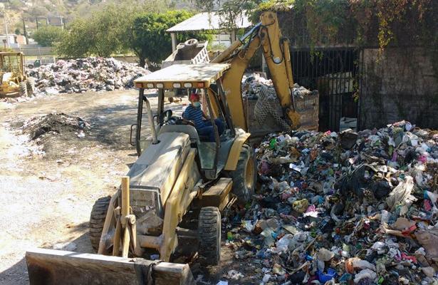 Impiden en Zumpango acceso a los camiones de basura de Chilpancingo