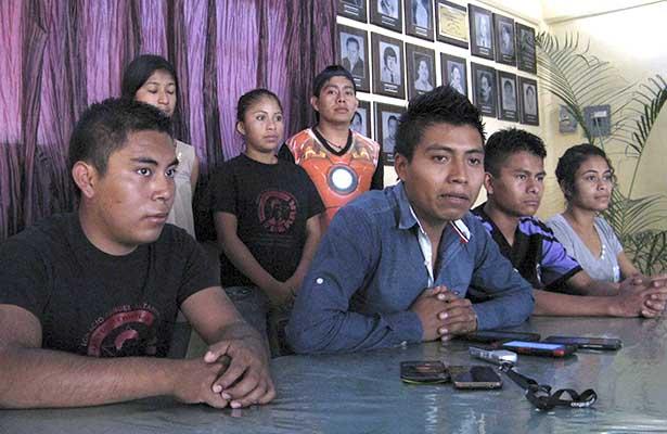 Estudiantes indígenas denuncian desinterés de Sejuve y la SAICA
