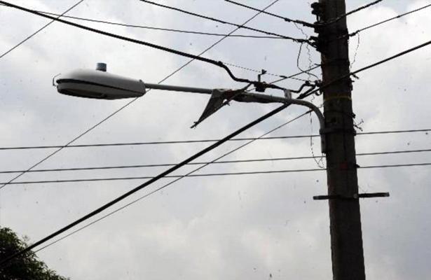 Tramo carretero de costera Las Palmas permanece a oscuras por mal estado de luminarias