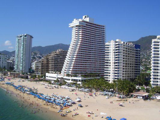 Temor de hoteleros por desplome de afluencia turística