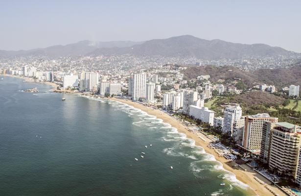 Infraestructura turística en Guerrero no sufrió daño: Ernesto González