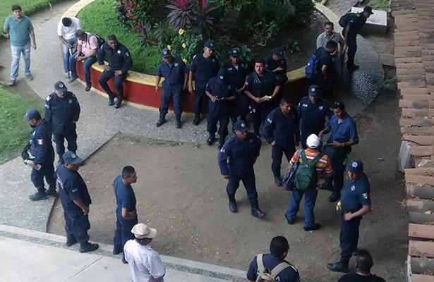 Policías municipales se niegan a vigilar sin armas