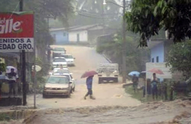 Quedaron incomunicadas 5 comunidades por lluvias