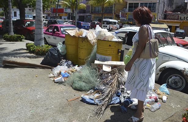 Temporada genera entre 30 y 40 toneladas de basura diarias