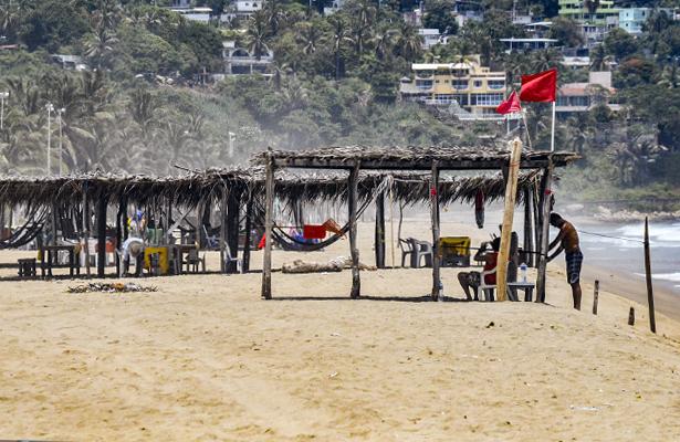 Violencia, lluvias y falta de promoción afectará llegada de turistas, aseguran Coparmex, Canaco y Canacintra