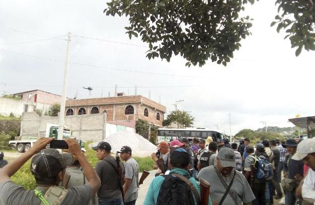 Amenazan con bloquear la carretera de Iguala si no detienen a delincuentes