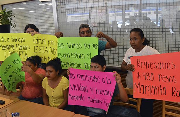 De nuevo, jóvenes anuncian separación de movimiento Kiosko por exigencia de recursos económicos