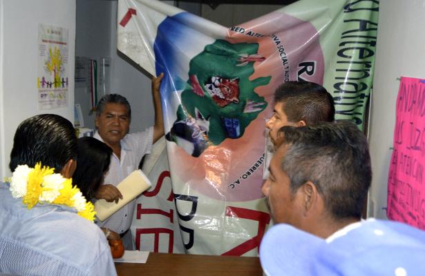 Liberan oficinas de la Dirección de Grupos Étnicos