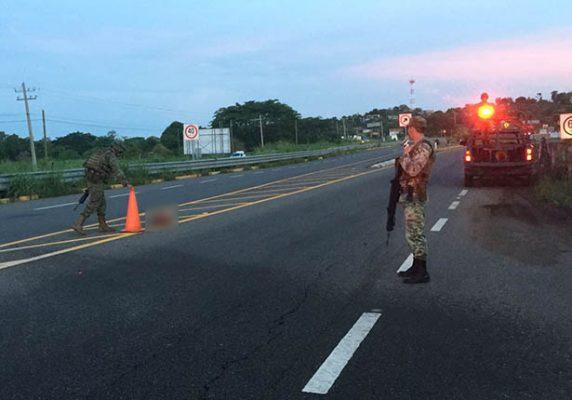 Turistas chocan contra una camioneta; había un cuerpo desmembrado