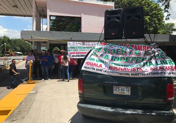 Protestan en la Iguala-Cuernavaca