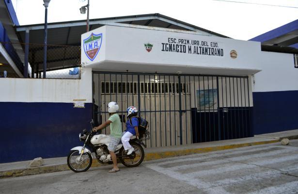 Suspenden clases en todos los niveles educativos de Guerrero