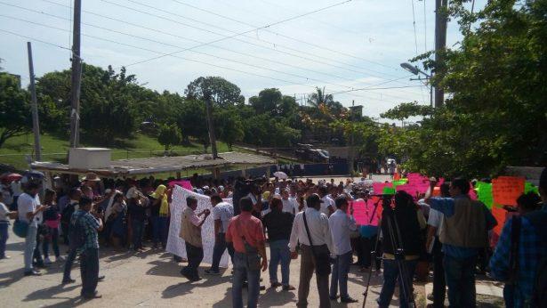 Protestan en el Cereso familiares de internos
