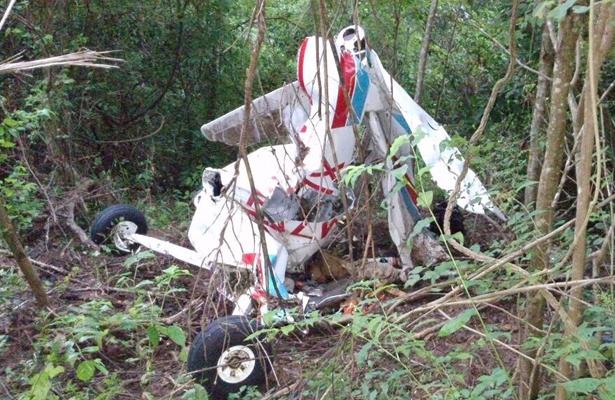Localizan segundo cadáver de la avioneta estrellada en El Zapote