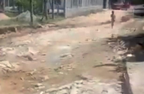 Piden pavimentación de calles en la colonia Playa Larga de Cruz Grande