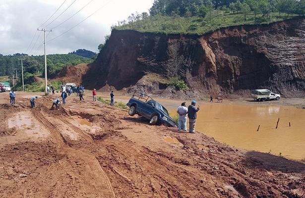 Urgen rehabilitar los caminos rurales en comunidades indígenas