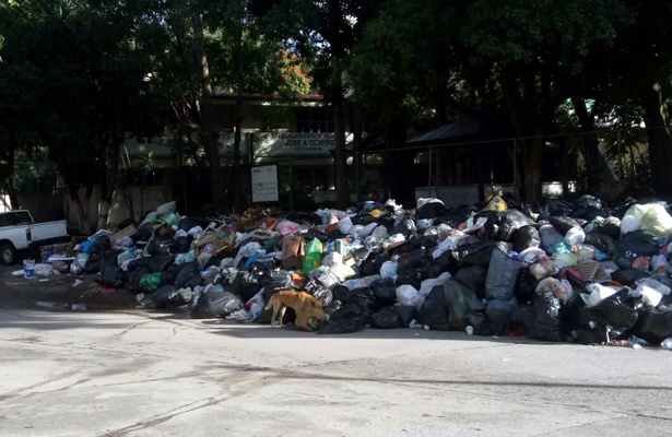 Con protesta exigen colonos recolección de basura 2 veces por semana
