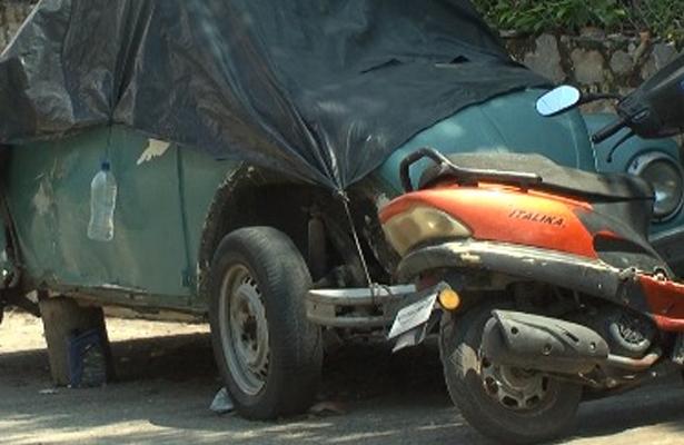 Urgen a autoridades a retirar vehículos abandonados en Ixtapa