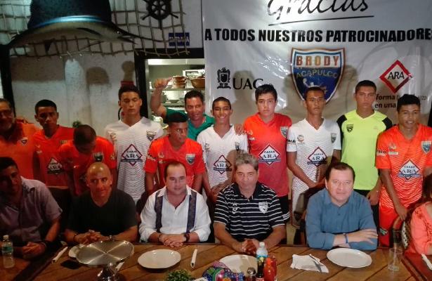 """Presentan equipo de tercera división """"Los Brodys de Acapulco"""""""