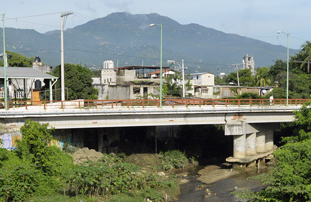 Compete a Capufe reparar el puente de La Sabana: PC