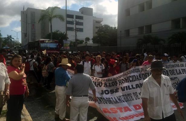 Marchan estudiantes en demanda de justicia