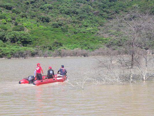 Rescatan cuerpo de estudiante desaparecido en la Laguna de la Virgen