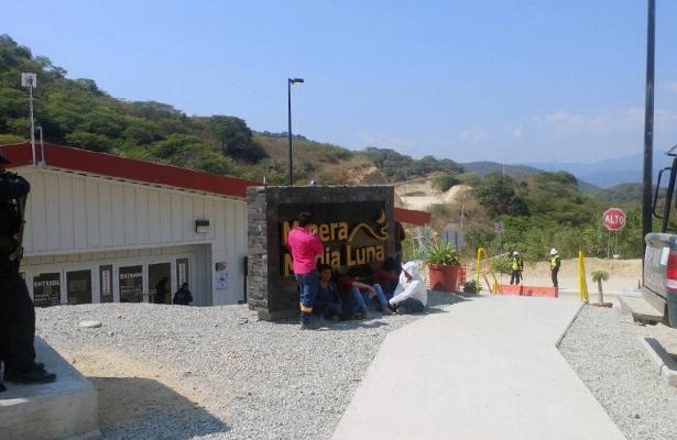 Descarta Fiscalía relación de crimen con conflicto minero