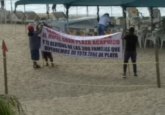 "Protestan turisteros por ""privatización"" de playa"