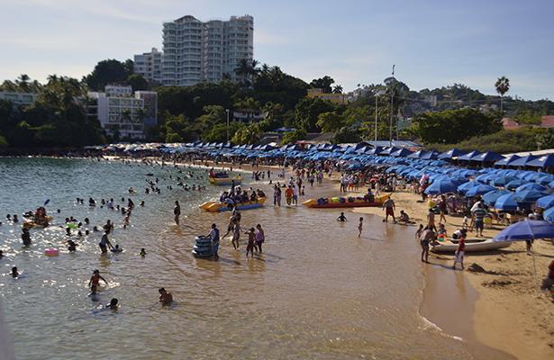 Acapulco al 85% en reservaciones