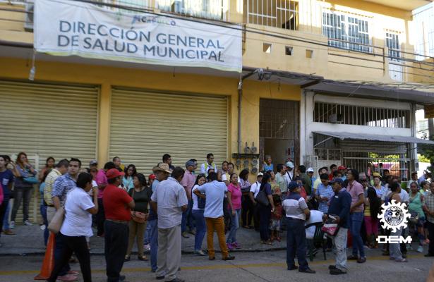 Empleados de Salud Municipal toman instalaciones en demanda de pago salarial
