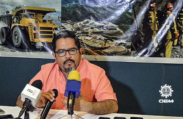 Reinicia labores la minera Media Luna
