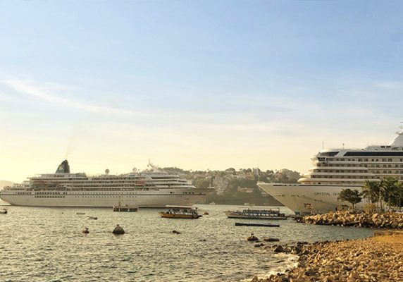 Arriban 2 cruceros al puerto de Acapulco