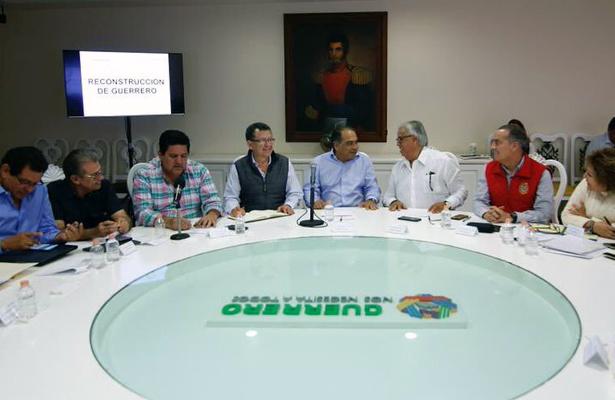 Respalda Astudillo trabajo de Jesús Tejeda en Chilpancingo