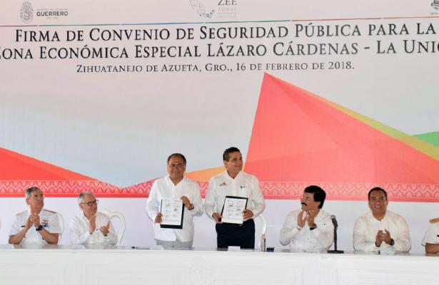 Firma Astudillo Convenio de Seguridad Pública para la ZEE