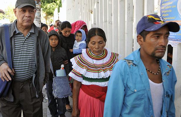 Indígenas de Chilapa acuden a depositar muestras de ADN