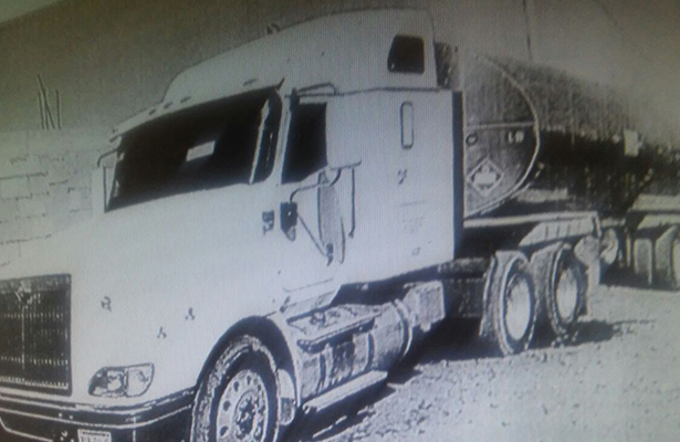 Detienen a tres por transportar ilícitamente diesel