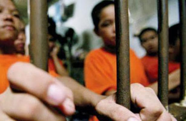 ¡No es broma! Lanzan ley en Filipinas que permite encarcelar a niños
