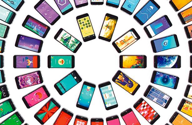Mexicanos gastan en promedio dos mil 889 pesos en smartphones