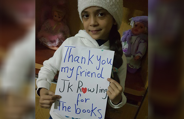 J.K.Rowling envía libros de Harry Potter a una niña siria