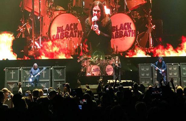 Black Sabbath estremece a miles en el Foro Sol